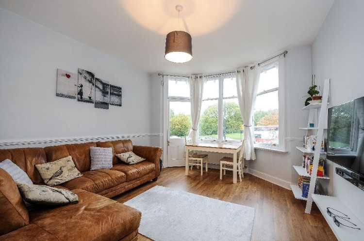 Immaculate one double bedroom apartment