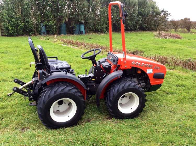 Goldoni articulated 22.5 quad tractor