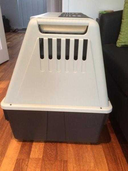 Ferplast Dog Crate