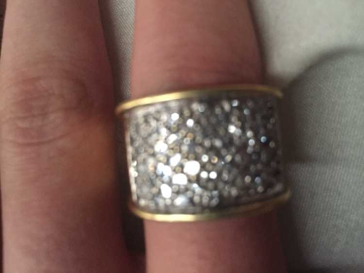 9kt of gold and 2kt of diamond ring