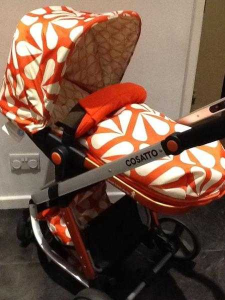 Gorgeous Cosatto giggle pram travel system