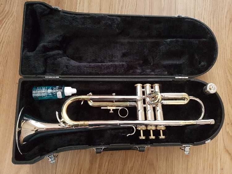 Brass and silver trumpet