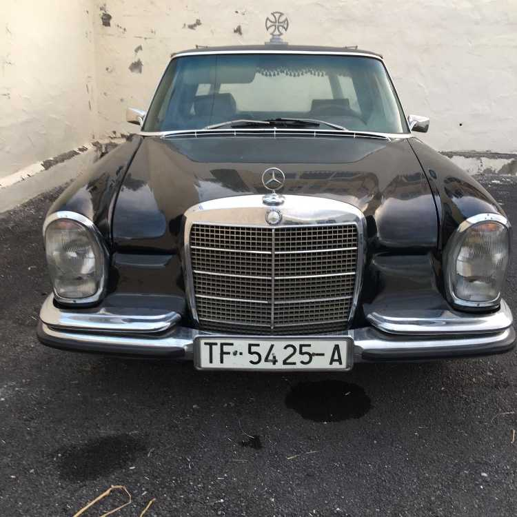 Mercedes Benz Hearse 280S Classic Black very good