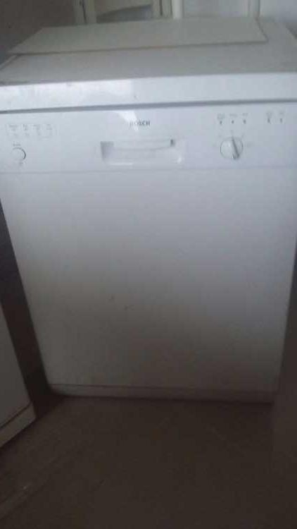 Free standing dishwasher for sale