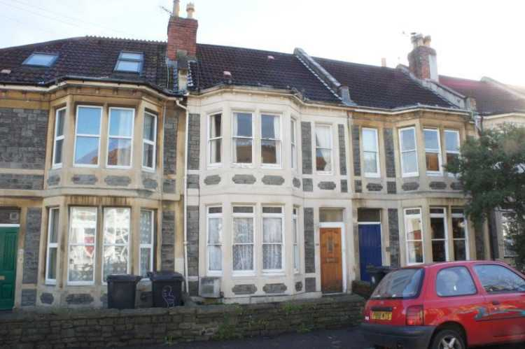 5 bedroom house in Brynland Avenue, Bishopston,