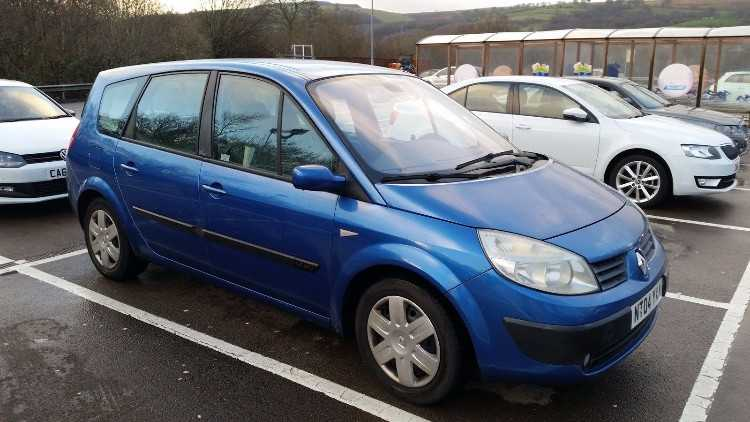 2004 RENAULT GRD SCENIC EXPRESSION 1.9 DCI BLUE 12