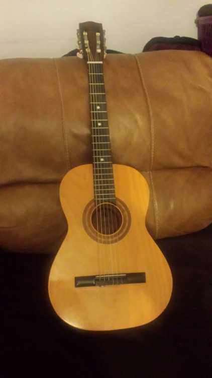 Encore 3/4 size Classical Guitar plus Supreme gig