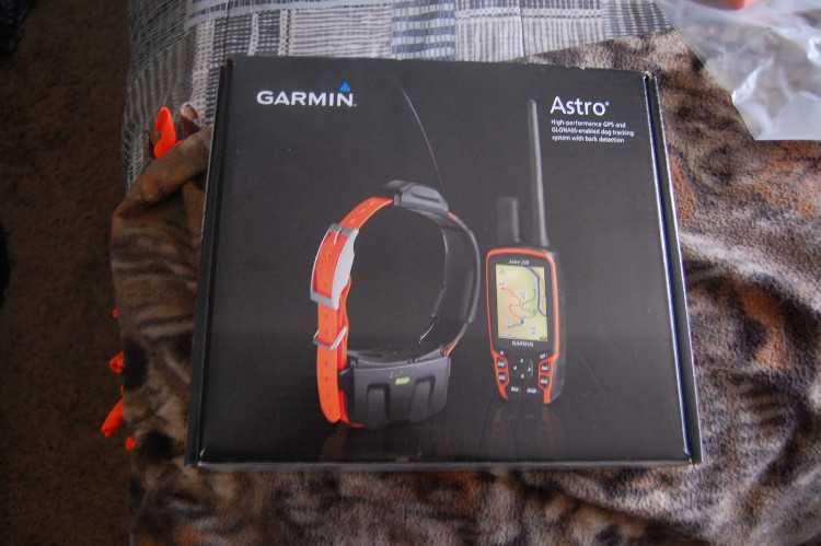 FOR SALE :  GARMIN ASTRO 320 + 5 DC 50 COLLAR DOG