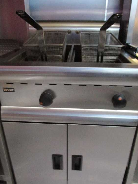 Catering equipment, kebab burners. Chargrill . Fri