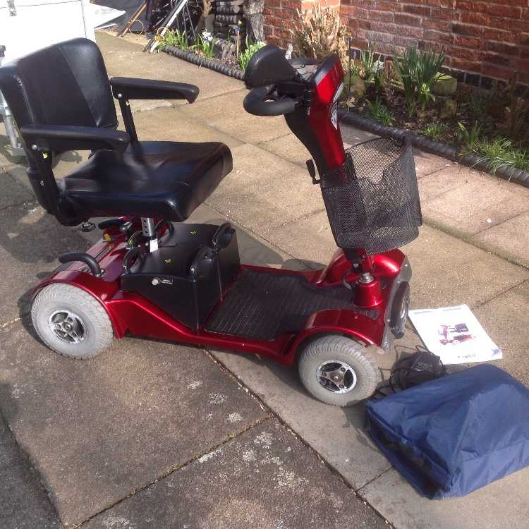 STERLING SAPPHIRE 2 ,4 WHEEL MOTILITY SCOOTER ,
