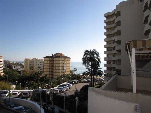 Reduced!!! Great studio apartment located in Benal