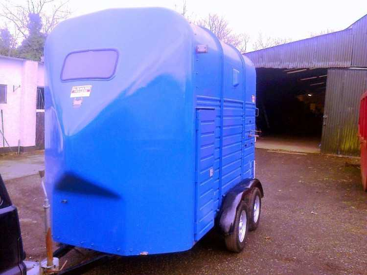 RICE LIGHTWEIGHT DOUBLE HORSEBOX